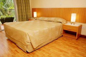 One-Bedroom-Suite-bed