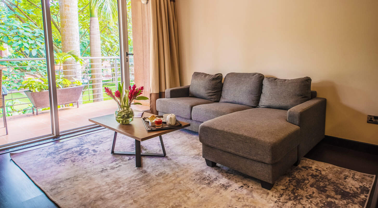 Pent-House-Living-Room-kabira-country-club