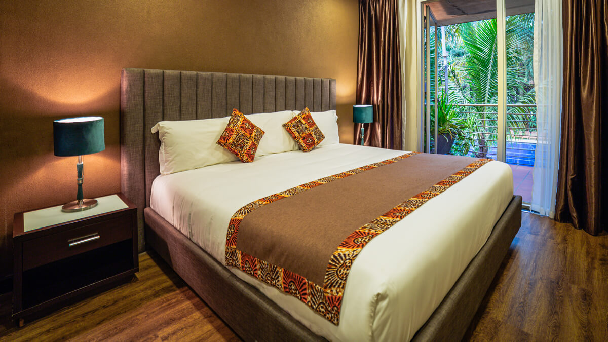 kabira-country-club-1bed-suite-bed